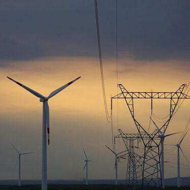 中国 電力不足により操業停止 段ボール3~5%の値上げ