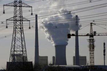 中国製造業 CO2排出制限と電力不足により操業短縮